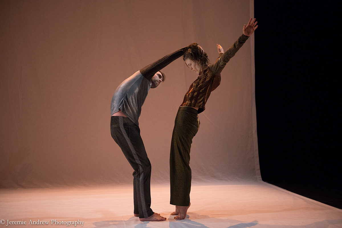 Dancers from Magnetic Fields